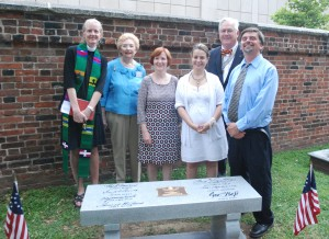 Rev. Susan Richardson, Asst. Pastor, Grace Staller, Chairman of DSDI Signer Recognition projects, Barbara Hogue, Executive Director of Christ Church, Anne McLaughlin,           Director of Tourism, Christ Church Preservation Trust, Laurie Croft, President-General of DSDI, John Hopkins, Coordinator of Christ Church Burial Ground.